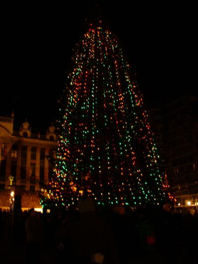 Grand Place: Christmas tree
