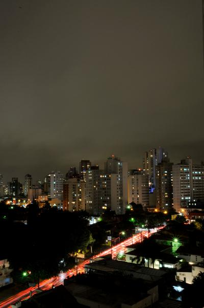 Stormy sky over the city at night (São Paulo, São Paulo, Brazil)