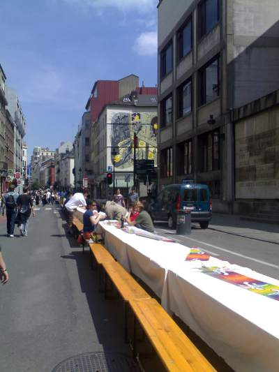 Giant Picnic Table (view down Rue du Midi towards Rue des Bogards)