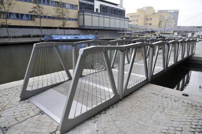 The Rolling Bridge (Paddington Basin)