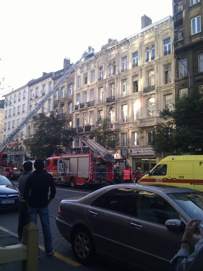 Boulevard Maurice Lemonnier blocked due to fire hazard